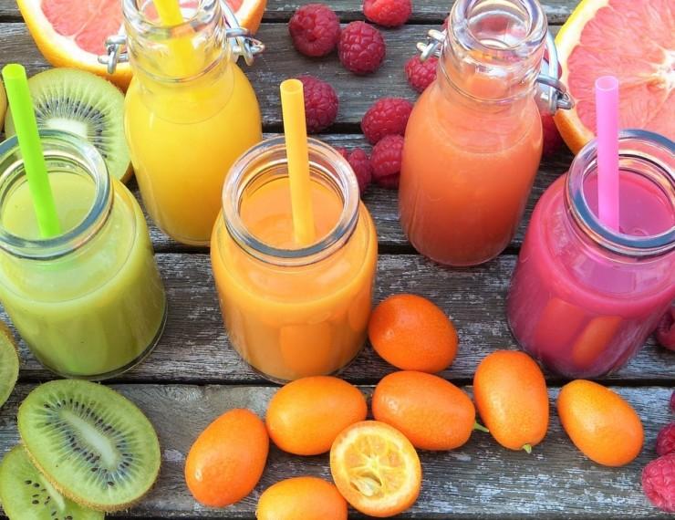 Fruchtige Erfrischungsgetränke für den Sommer - JanaPlus Blog